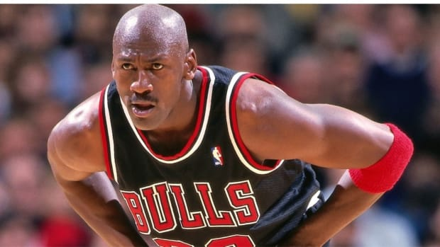 """Metta Sandiford-Artest: """"Nobody Ever Scored 50 On Me. I Think Michael Jordan Woulda Gave Me 50 A Couple Times..."""""""