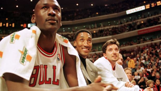 """Toni Kukoc With A Big Message For Scottie Pippen And Michael Jordan: """"Thank You For Kicking My Butt During The Olympics In Barcelona, And Then Motivating Me To Work Even Harder To Become An Important Part Of The Chicago Bulls."""""""