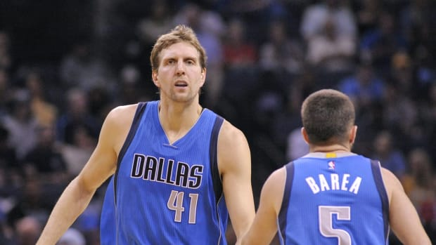 JJ Barea And The Mavericks Forced Dirk Nowitzki To Watch LeBron James & Dwyane Wade Mocking His Cough In 2011 NBA Finals