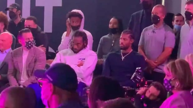 LeBron James Laughs At Kawhi Leonard And Paul George For Their Reactions During Clippers' Intiuit Dome Ceremony