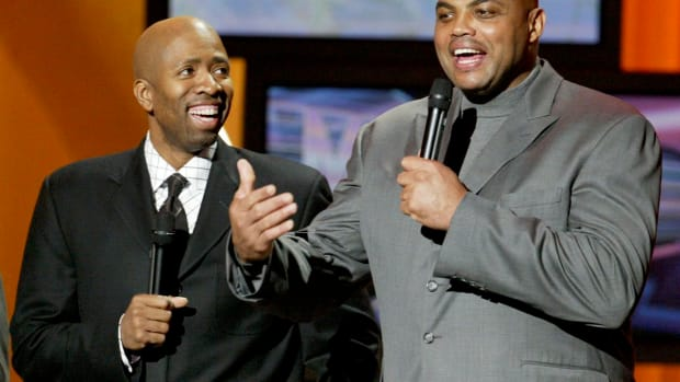 """Charles Barkley Roasted Kenny Smith Over The NBA 75 List: """"In 20 Years, You Gonna Be On The List. The 5000 Best NBA Players."""