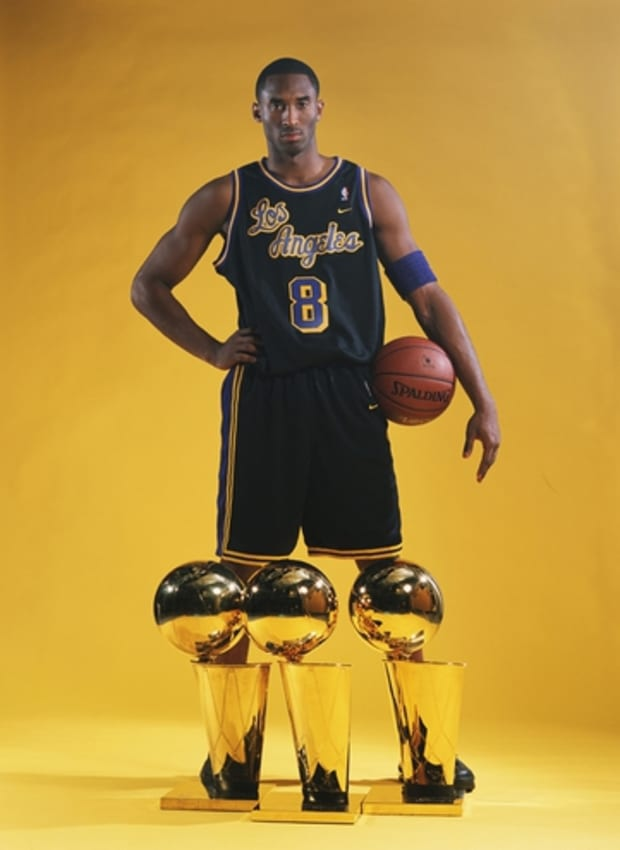 Every Lakers Jersey Kobe Bryant Wore Throughout His Career ...