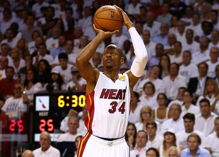 """Ray Allen Isn't A Fan Of The 3-Point Revolution: """"The Mid-Range Game Is Being Lost."""""""