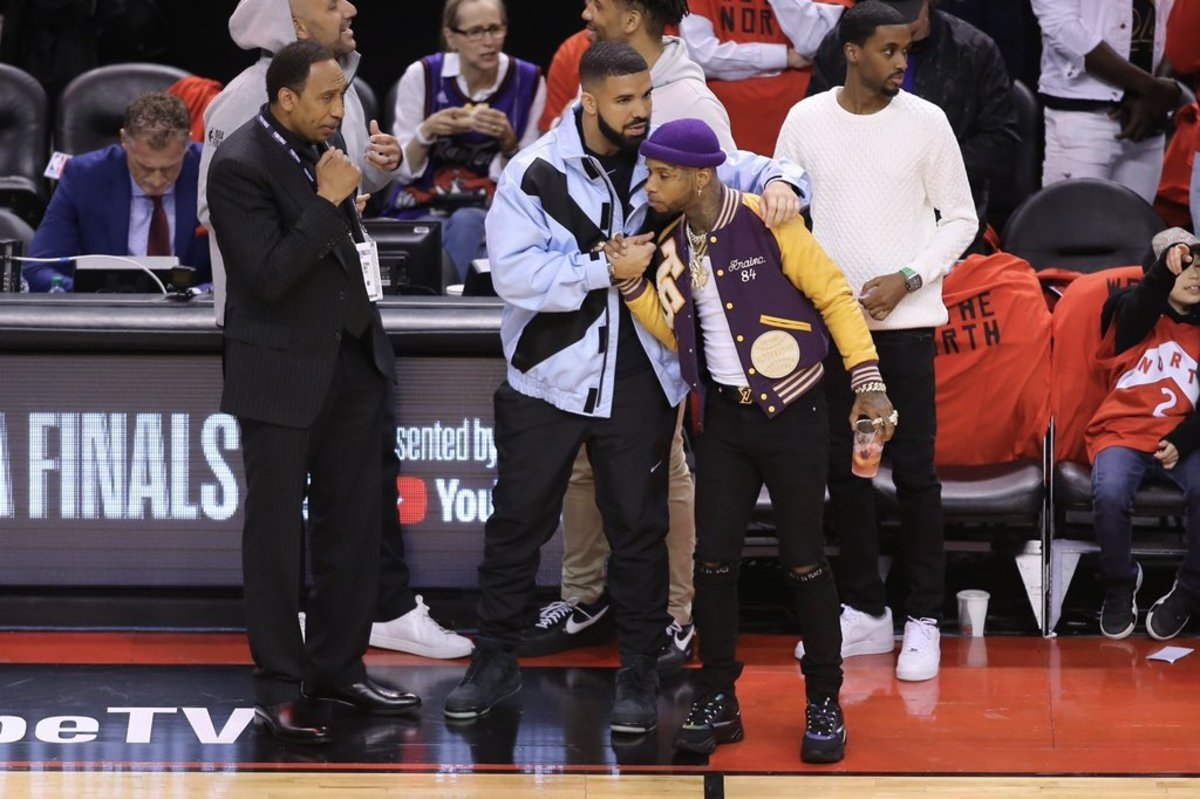 Drake Struggles Against Tory Lanez And Airballs A Shot In Pickup Game