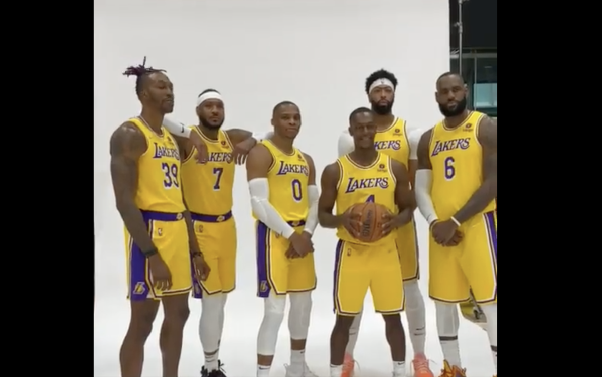 NBA Fans Troll The Lakers After Media Day Photo Shoot: