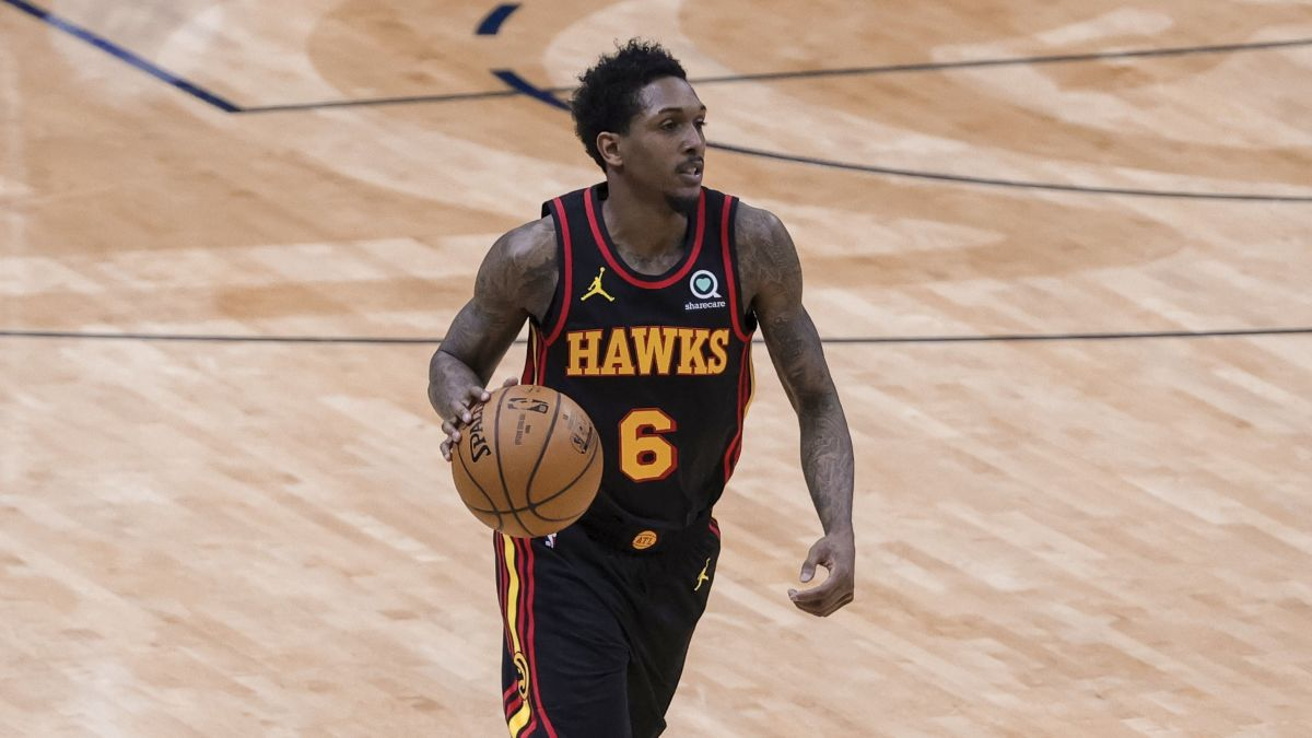 """Lou Williams Says The NBA Is Too Political: """"There Are Guys In The NBA That Should Be In No F*****g League"""""""