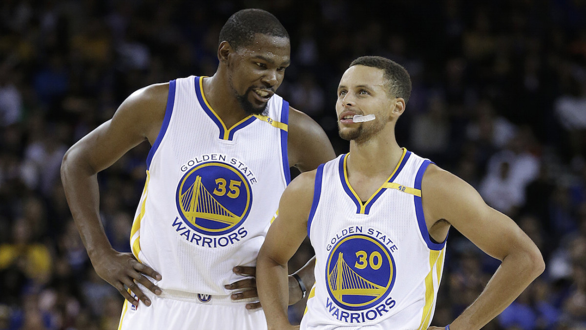 """Kevin Durant On The First Time He Saw Stephen Curry: """"I Thought He Was White"""""""