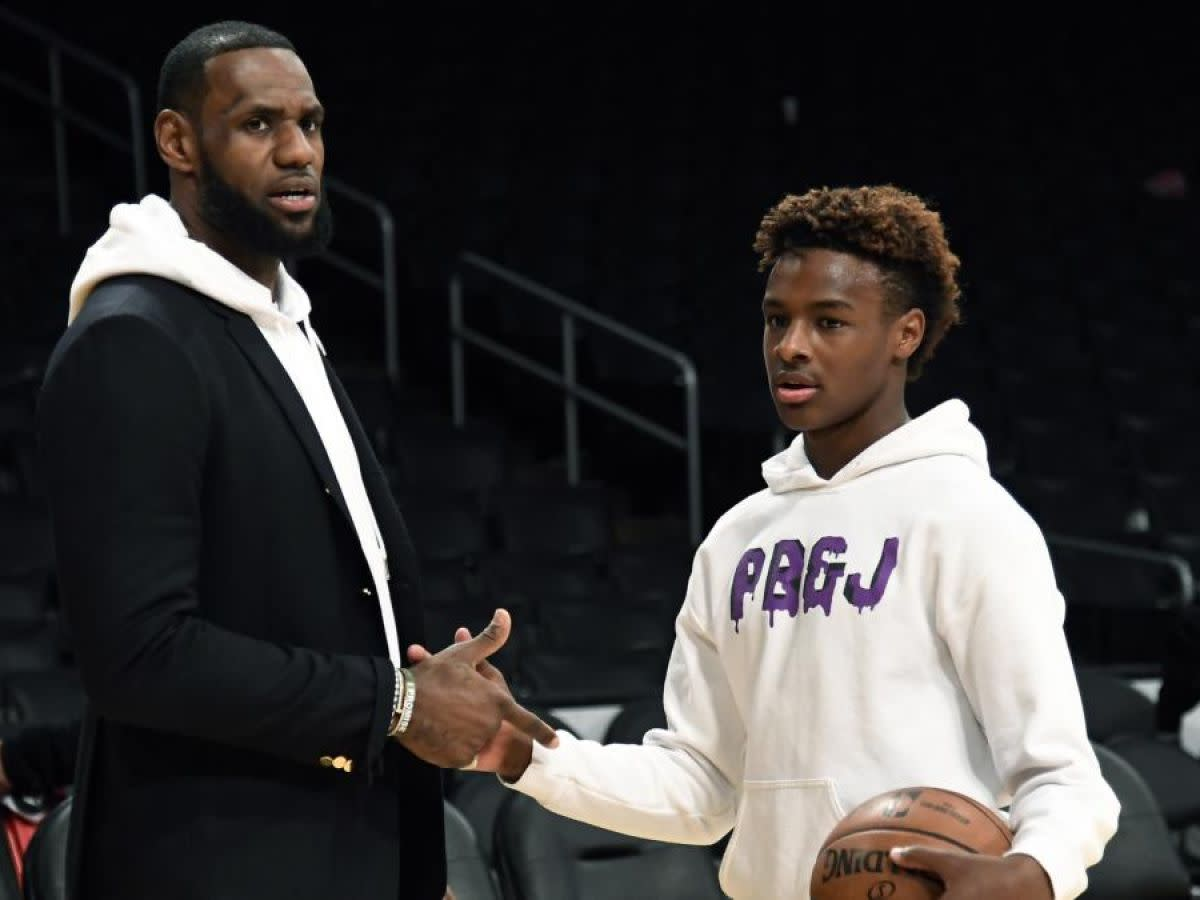 """LeBron James Posts Special Message For Bronny's 17th Birthday: """"This Is Insane Man!"""""""