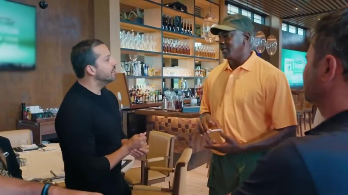"Michael Jordan Tried To Trick Magician David Blaine: ""I Didn't Shuffle, I Tried To Trick You"""