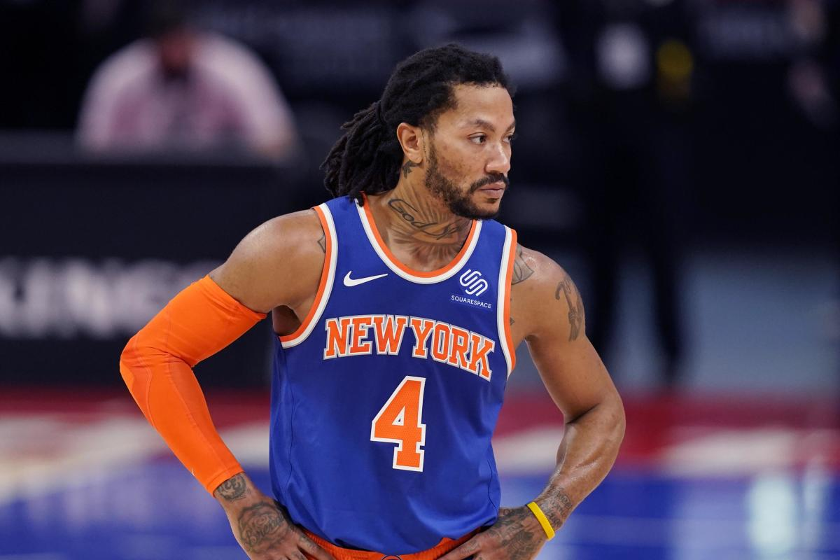 """Derrick Rose's Message To Young Players Playing Under Coach Thibs: """"If You Look At Him, It's Going To F**k Up Your Game"""""""
