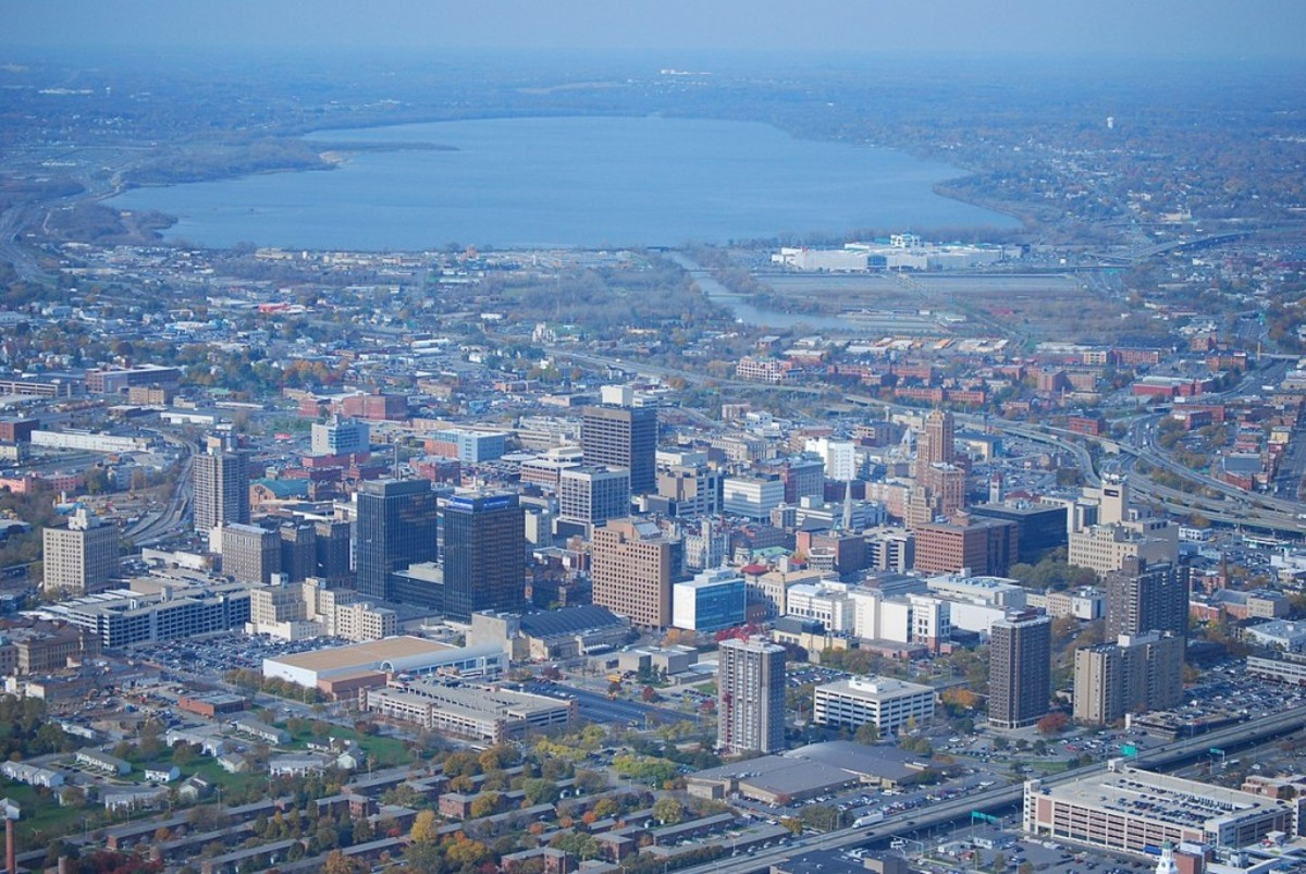 1200px-Syracuse_NY