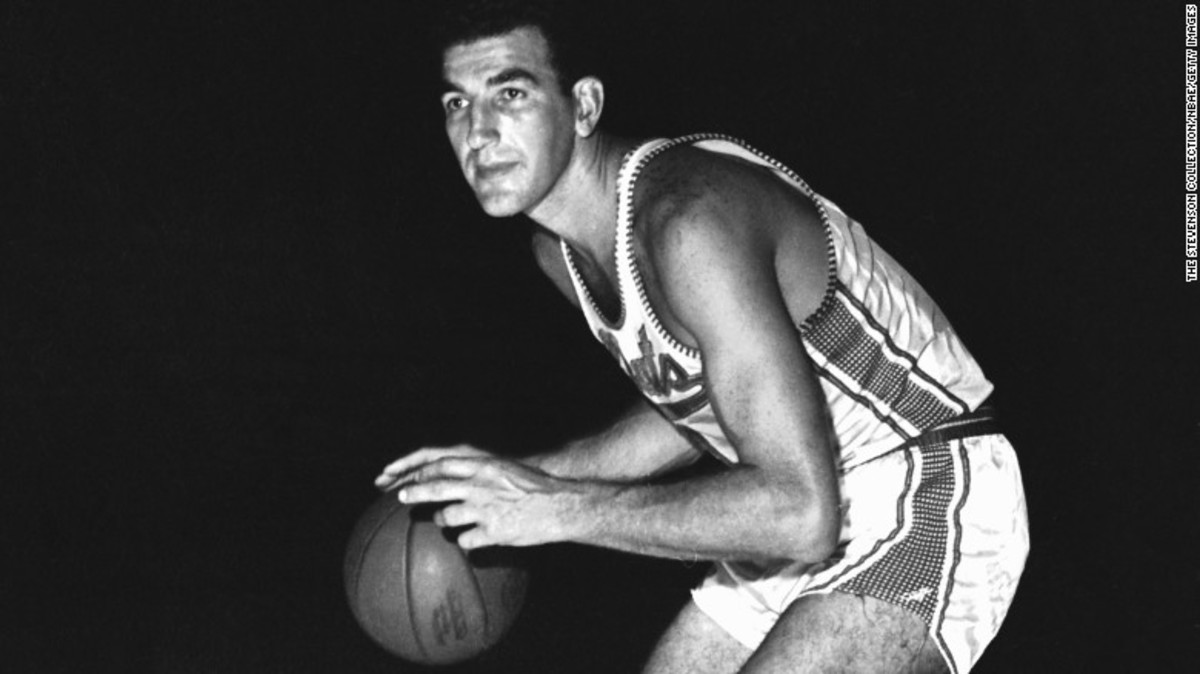 151210141637-dolph-schayes-1961-restricted-exlarge-169