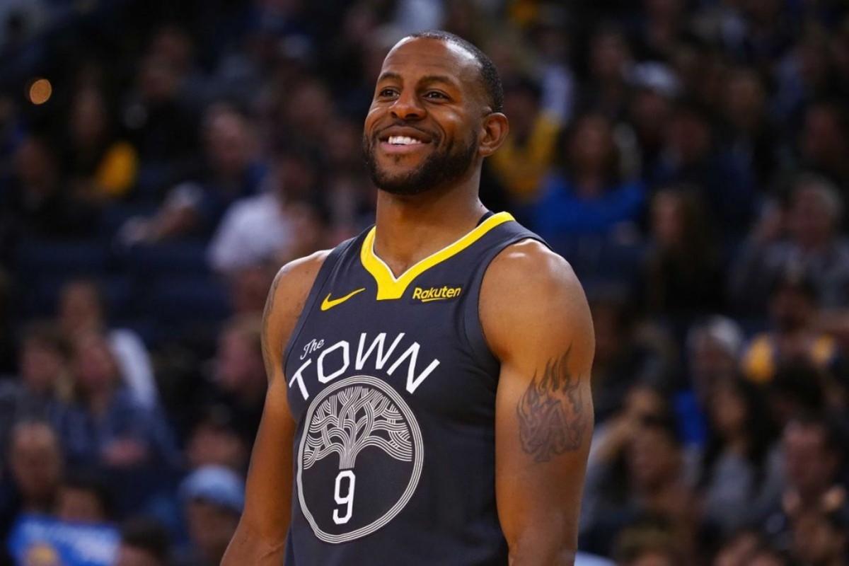 "Andre Iguodala Asked: Who's Tougher To Guard, Kawhi Leonard Or LeBron James? ""Kobe Bryant"""