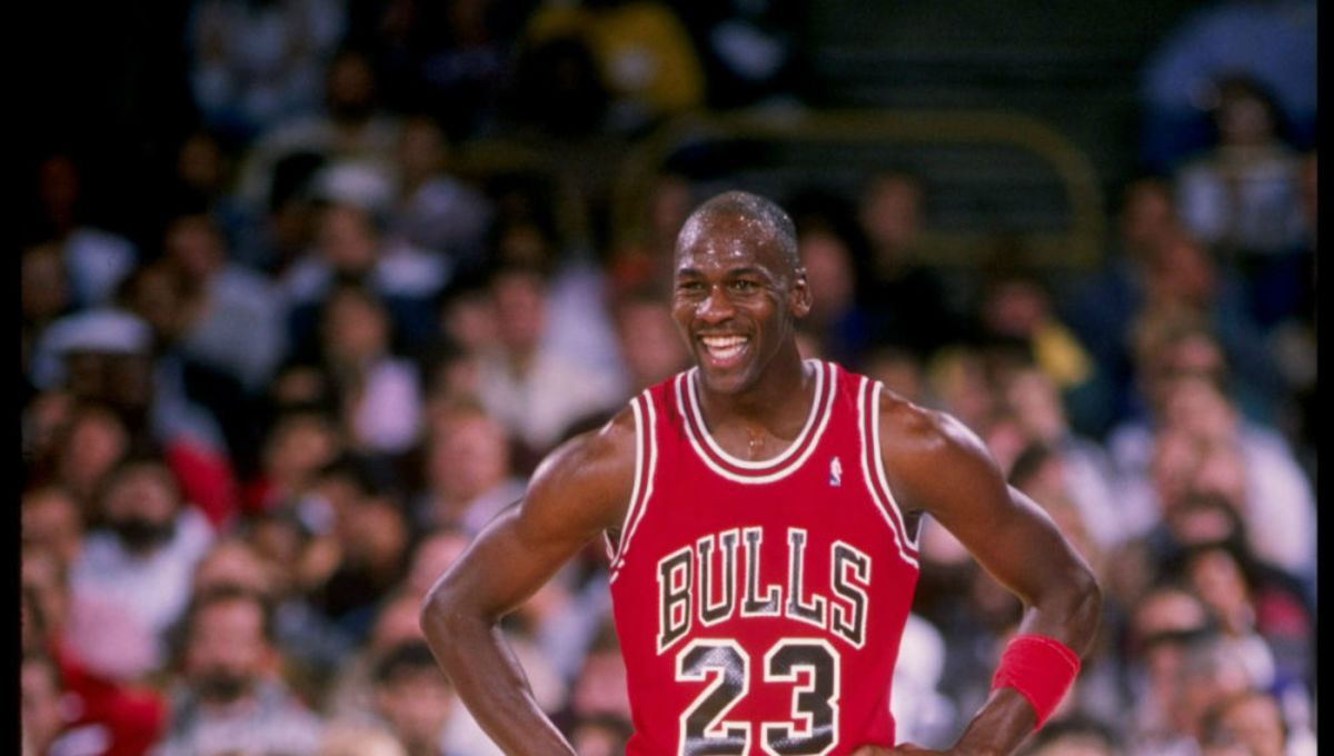"""Michael Jordan Epic Joke: """"My Father Is 5'10, My Mother Is 5'5. The Milkman Is About 6'7"""""""