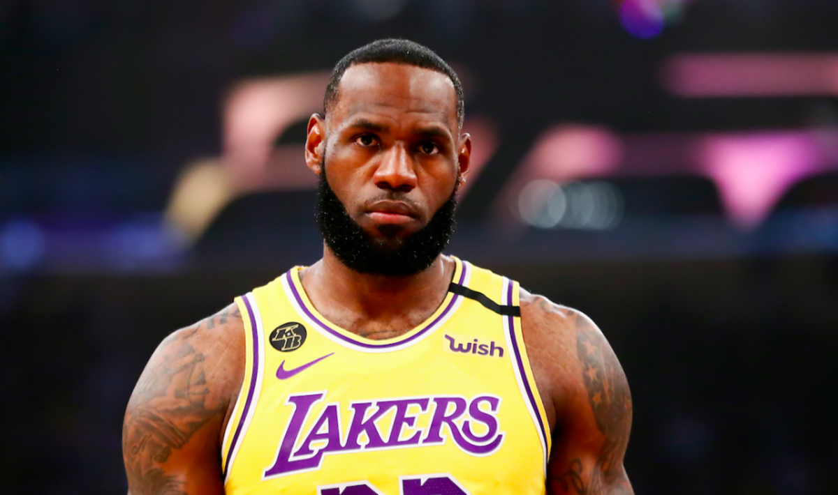 """LeBron James Posts Strong Message In Support Of Police Brutality Protests: """"F**K THIS MAN!!!! WE DEMAND CHANGE. SICK OF IT"""""""