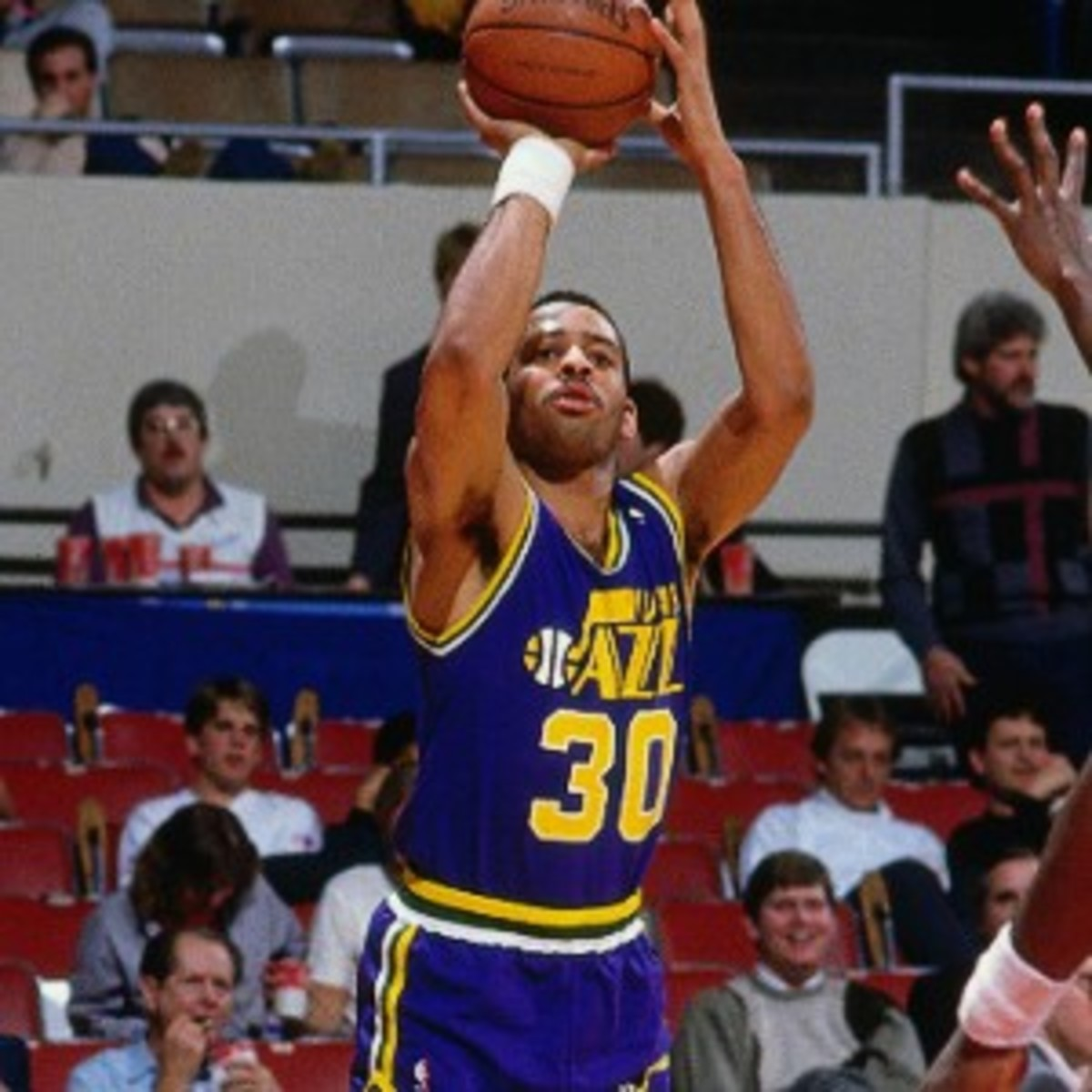 150528102718-dell-curry-shoots-road-uni-utah-jazz-archive-1986.story-body