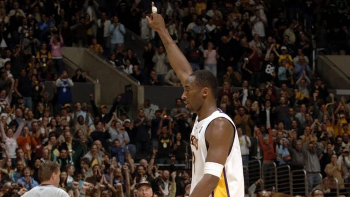 Kobe-Bryant-81-points-10-year-anniversary