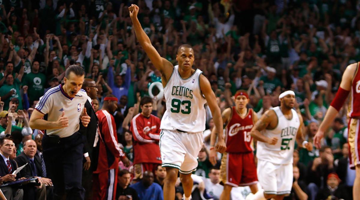 P.J-Brown-Boston-Celtics-NBA-Playoffs-2008-G7-CLE