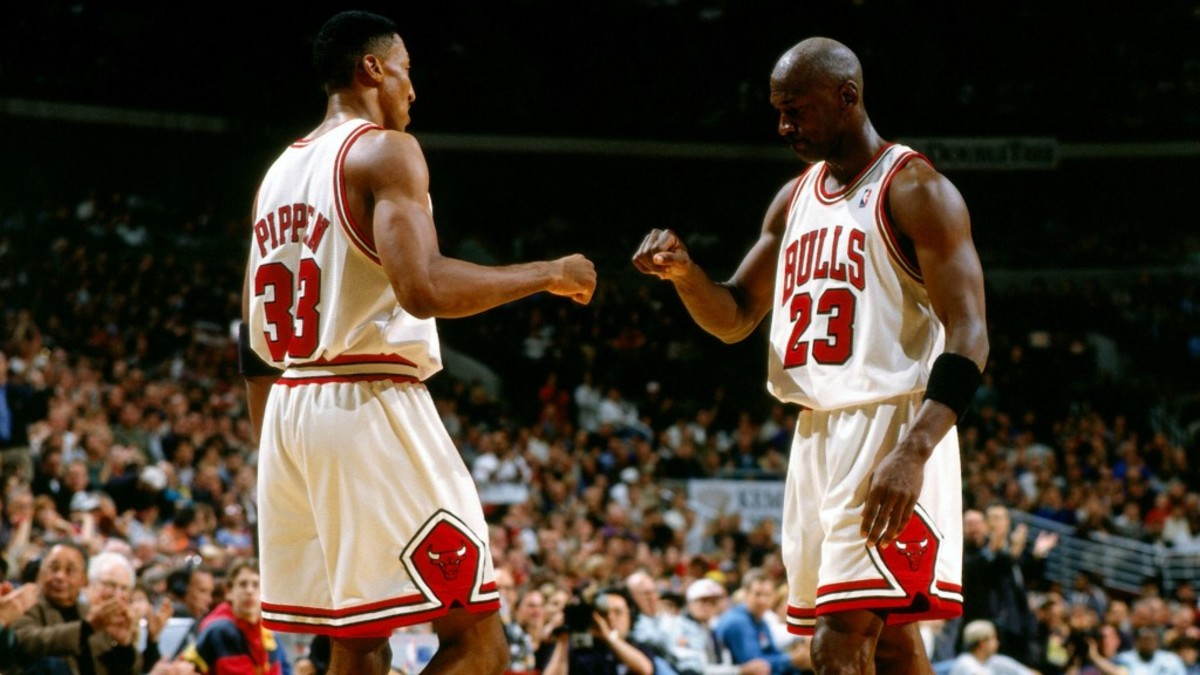 Scottie Pippen Reveals Referees Used To Ask Him For Jordan Shoes
