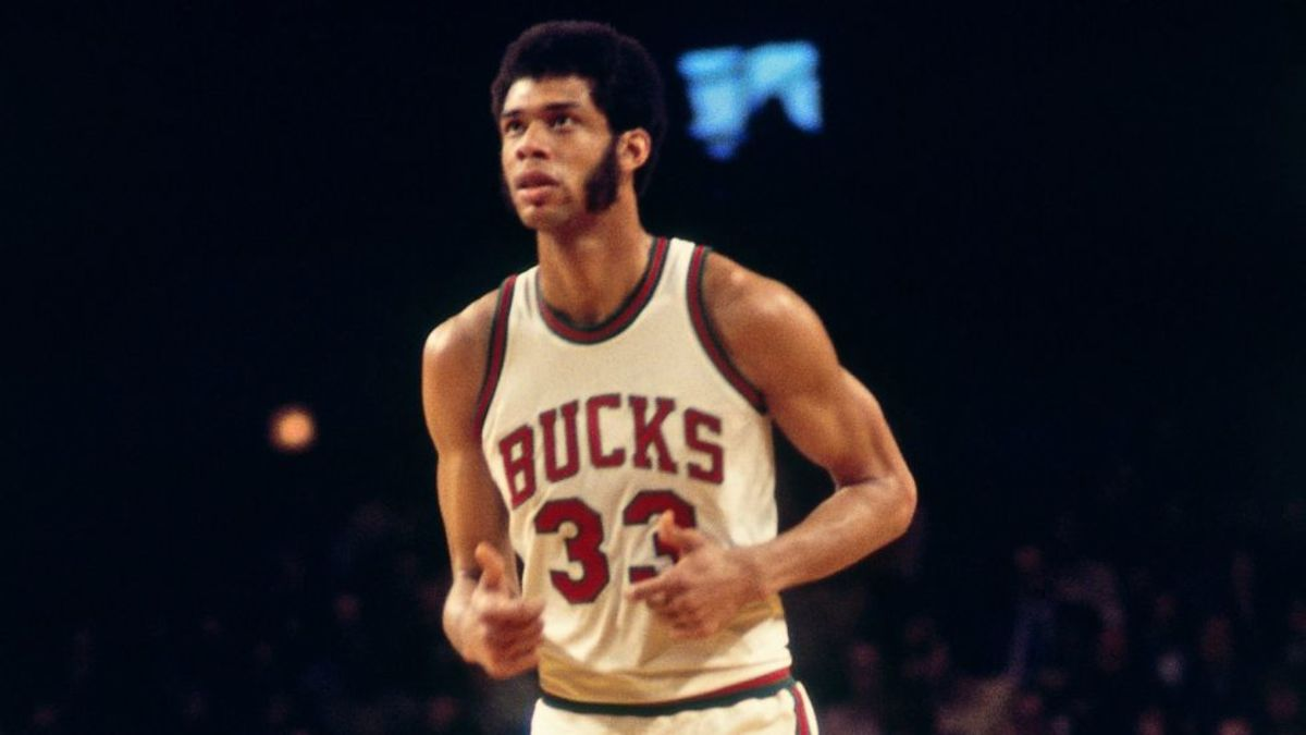 Kareem Abdul-Jabbar Bucks