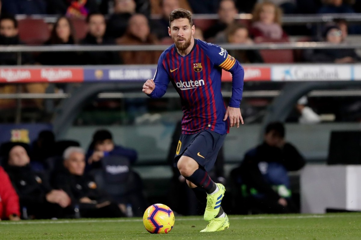 eef612df0 Pope Francis Claims Lionel Messi Is No God – Fadeaway World