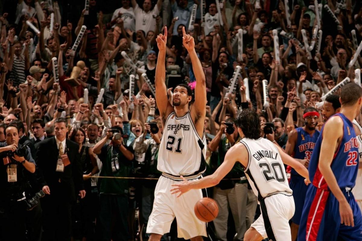 Tim-Duncan-2005-NBA-Finals
