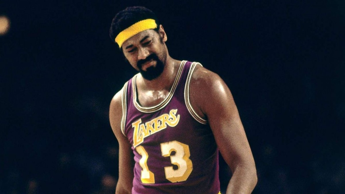 """""""I Never Saw Anyone Give Away As Many Championships As Wilt Chamberlain"""": Happy Hairston Roasts His Legendary Teammate"""