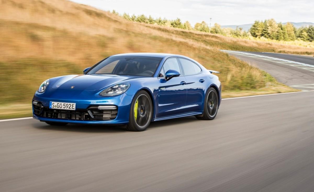 2018-porsche-panamera-turbo-s-e-hybrid-first-drive-review-car-and-driver-photo-686283-s-original