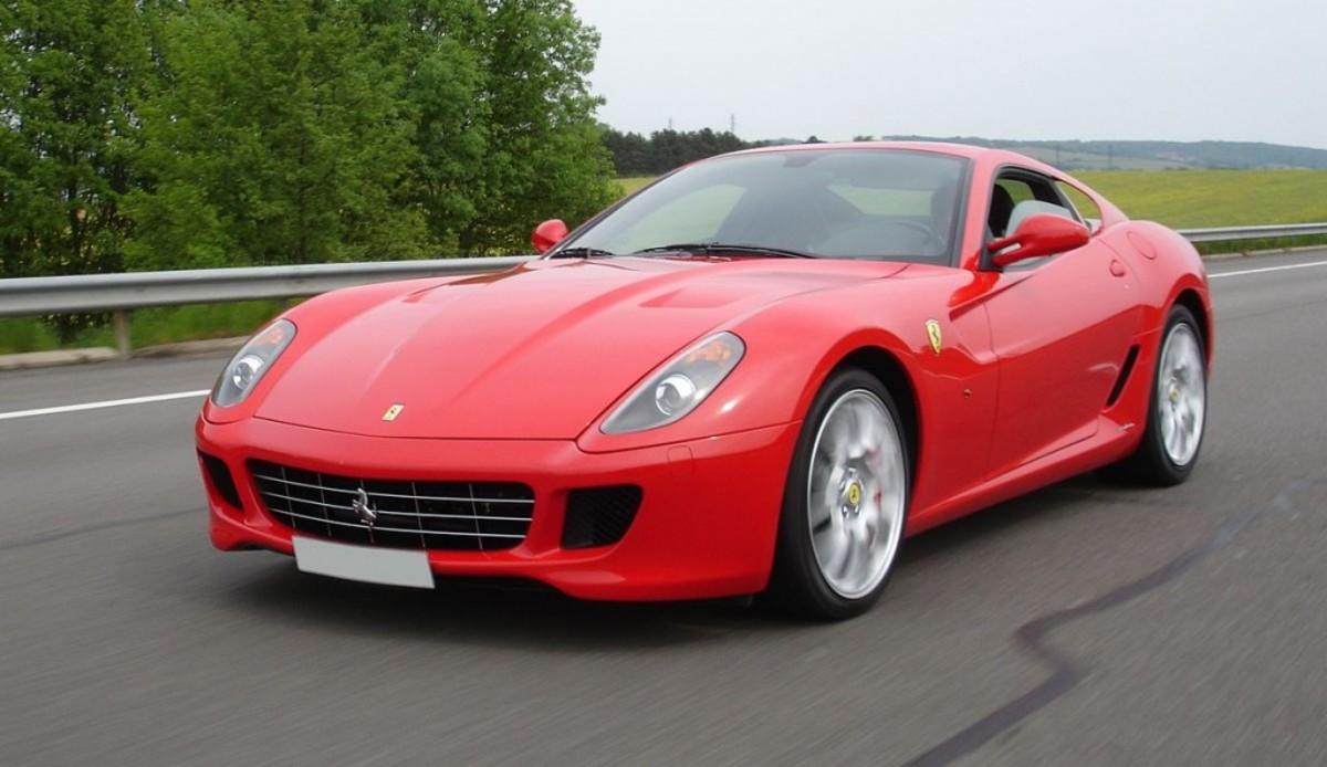1200px-Ferrari599_A6_1