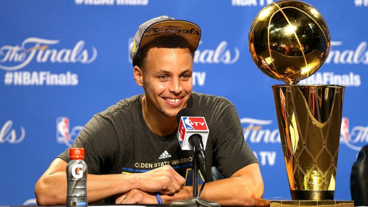 """Stephen Curry Sends A Strong Message To NBA Rivals: """"We Can Win Anywhere"""""""