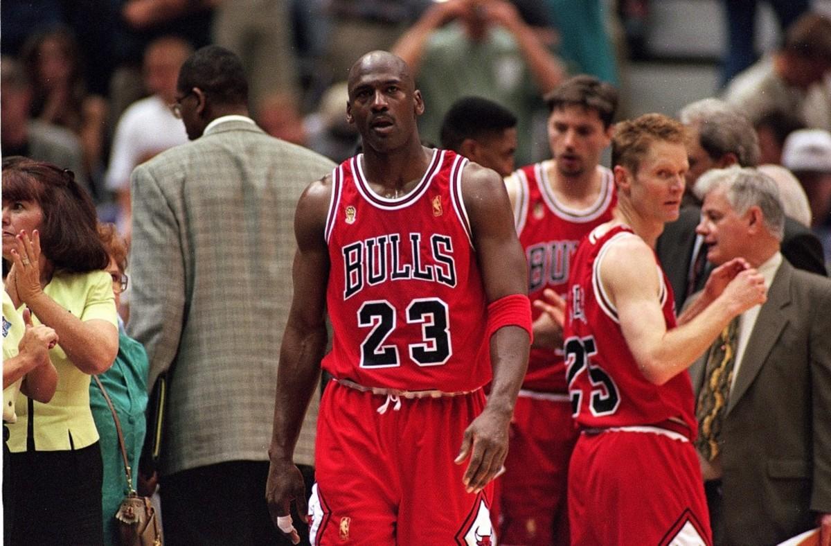 Gilbert Arenas Recalls The Time Michael Jordan's Camp Chanted 'MJ Sucks' To Support Arenas