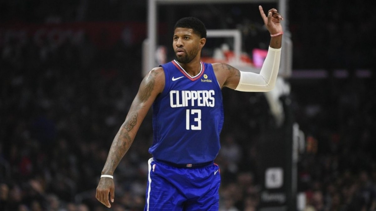 """Bill Simmons Takes A Shot At Paul George: """"They Traded A Hundred Draft Picks For You And You Can Opt-Out. I Thought Lakers Were Lucky Not Facing Them But Now I Think Lakers Would've Beat These Clippers, They Are Mentally Weak."""""""