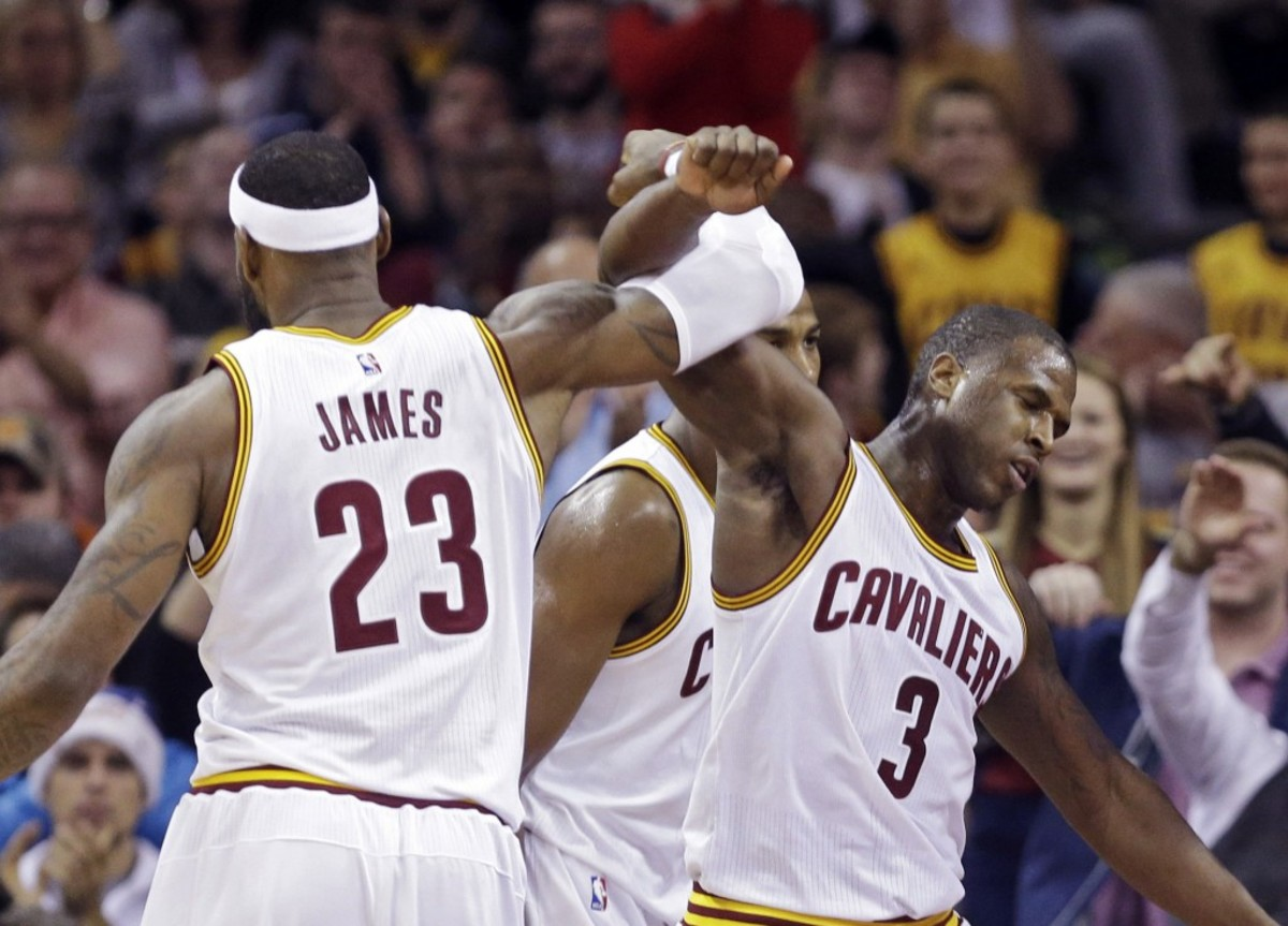 LeBron James says Warriors remind him of Heat vs. Spurs Finals