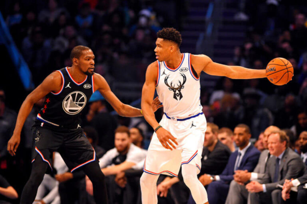 Giannis Antetokounmpo Height In Feet Giannis Antetokounmpo 2021 Update Stats Brothers Net Worth
