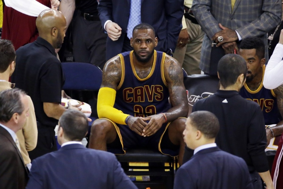 NBA_Finals_Cavaliers_Warriors_Basketball-00882