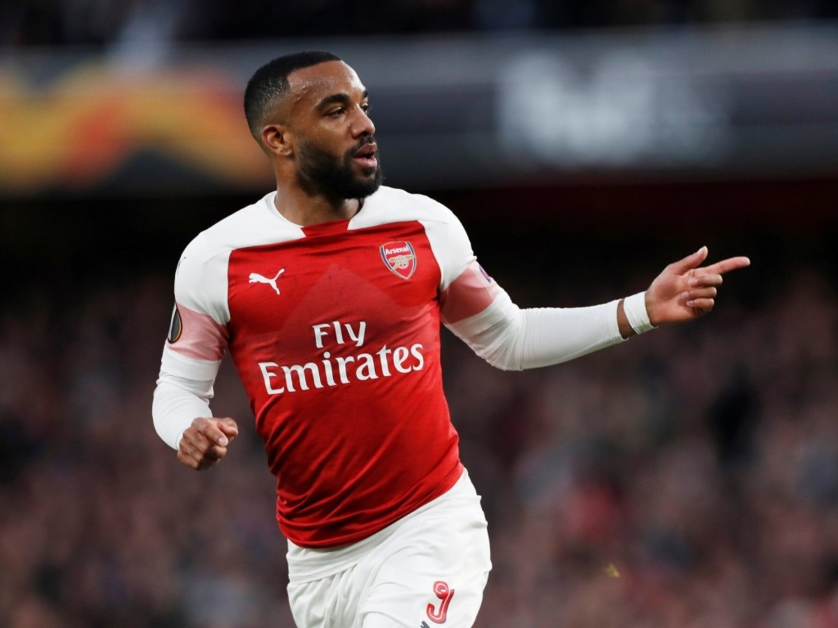 Report: Alexandre Lacazette Meeting With La Liga Club Over Potential Signing