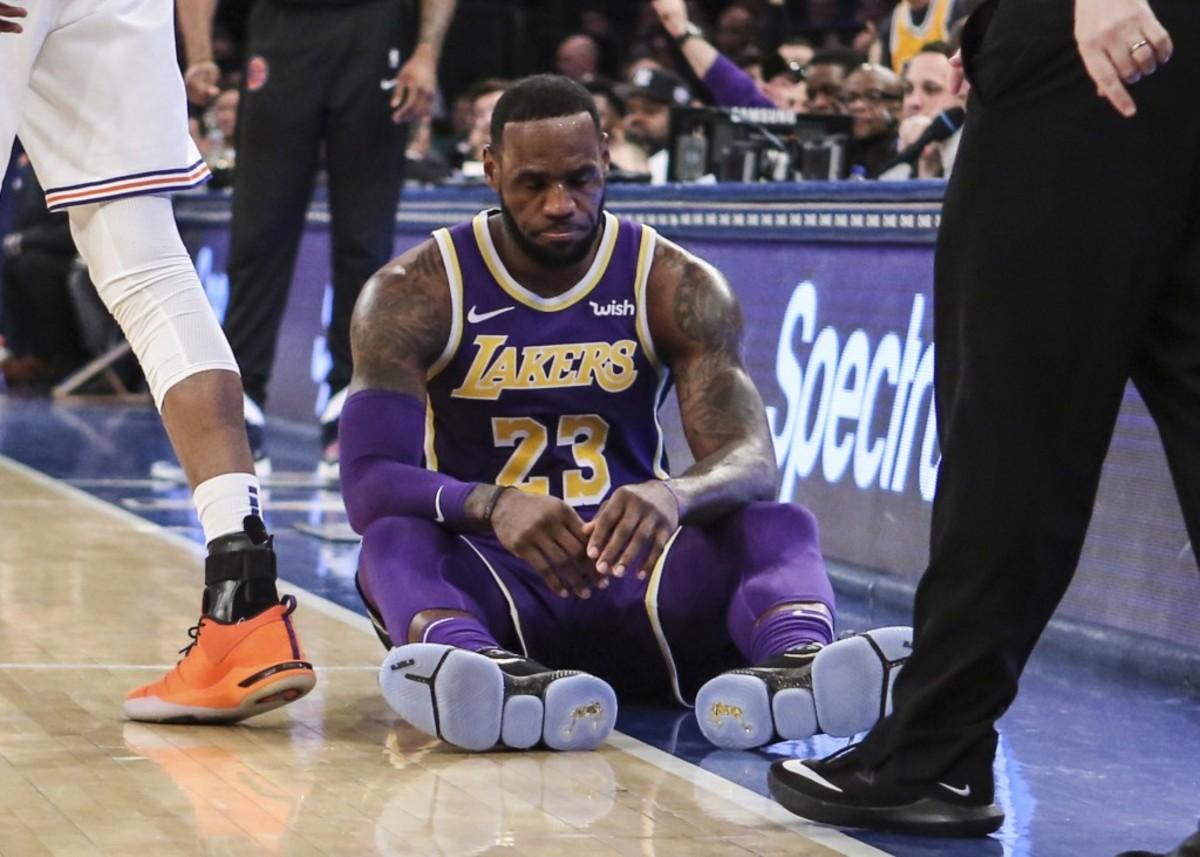 (via Lakers Outsiders)