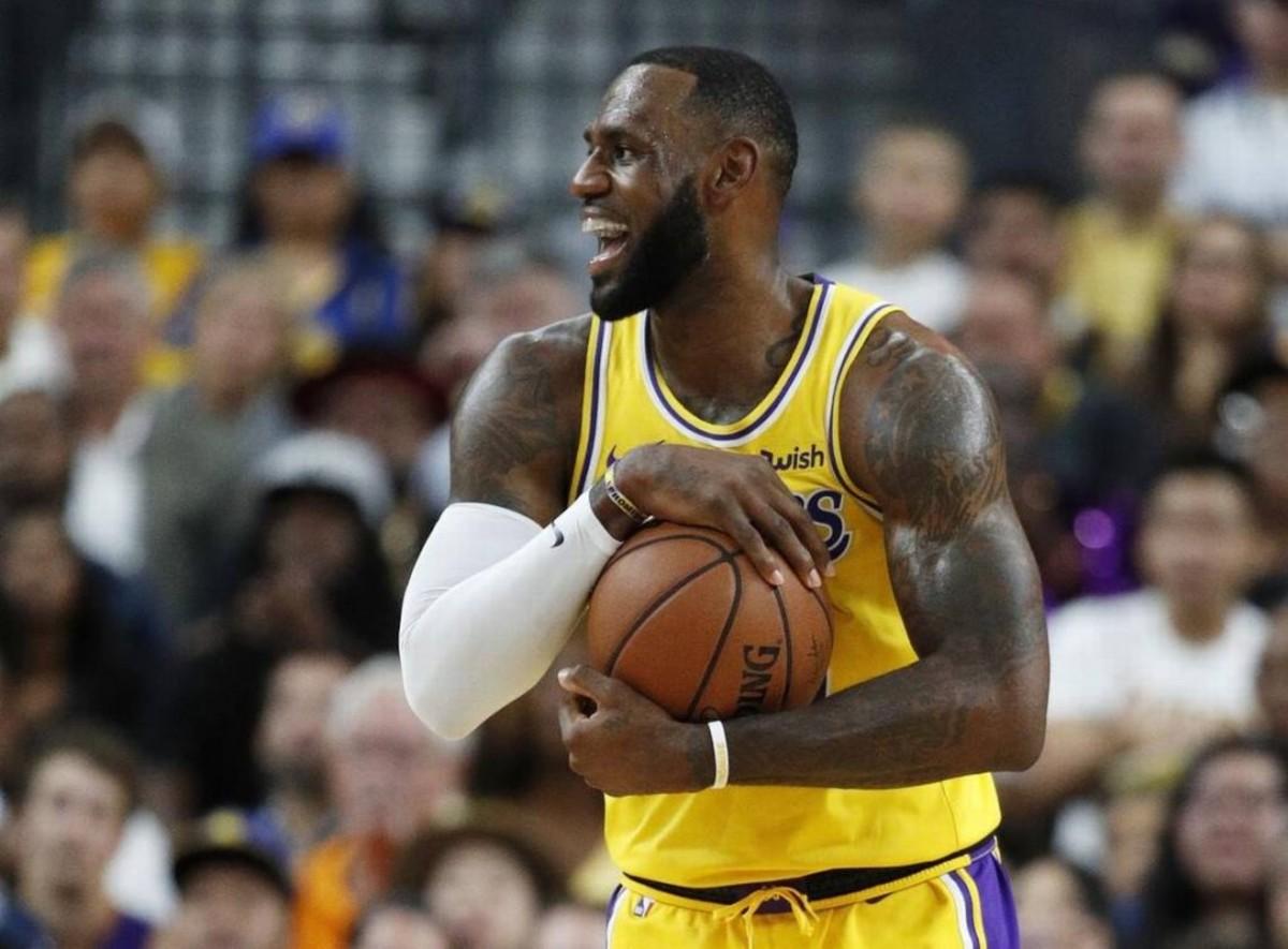 LeBron James-Lakers