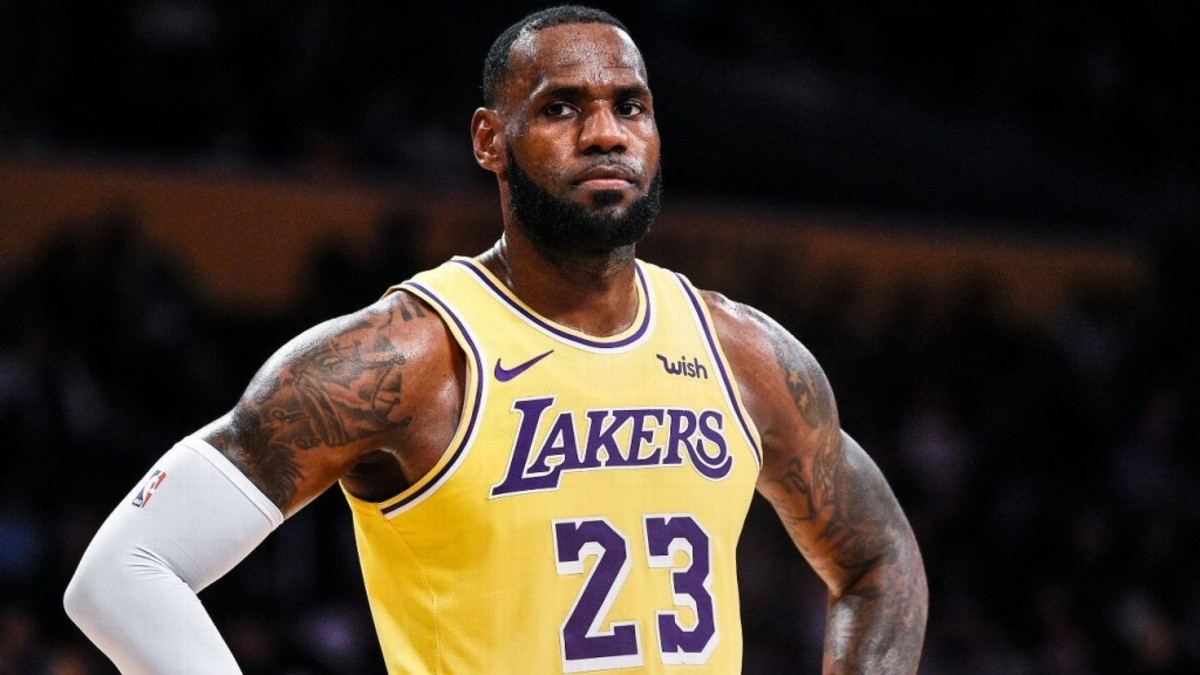 Lakers Teammates Confront LeBron James About His Poor Body Language