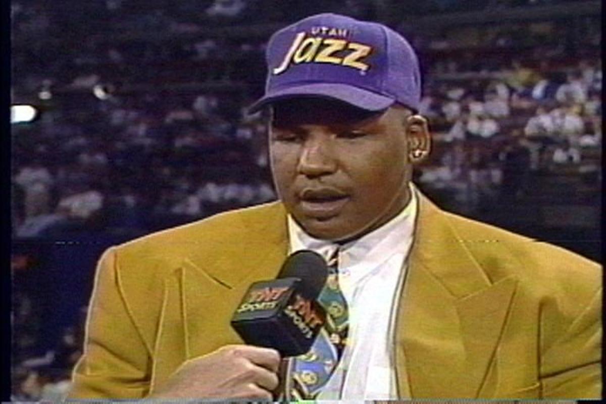 Utah Jazz Center Luther Wright.jpg-800x600
