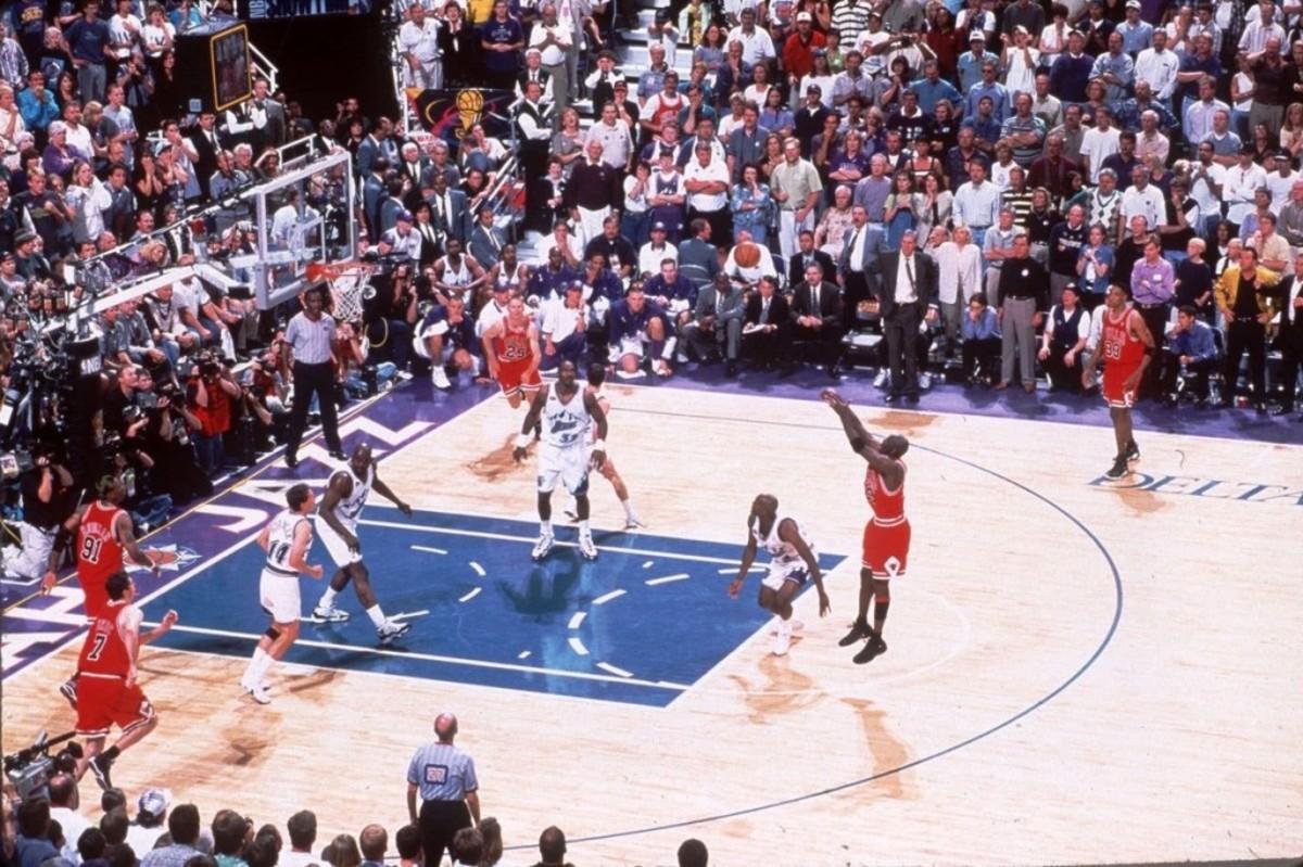 Michael Jordan Is The Best Mid-Range Shooter In NBA History