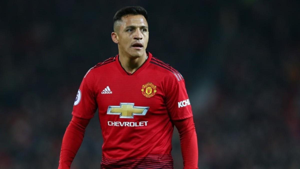Alexis Sanchez: Improved Manchester United 'The Same' As Under Jose Mourinho