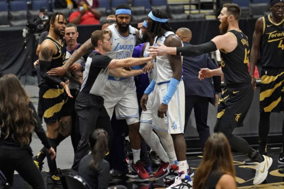 """Montrezl Harrell On If He Had Any Issues With The Raptors Players: """"My Beef Is With Anybody Who Doesn't Have A Lakers Jersey."""""""