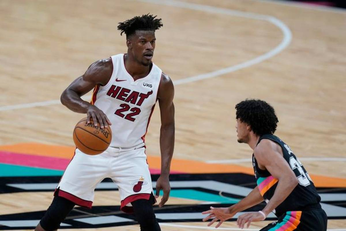 """Jimmy Butler: """"I Don't Care About The Standings. I Really Don't. I Don't Pay Attention To It. I Don't Be On The World Wide Web Like That. So I Can't Tell You Who Is Where."""""""