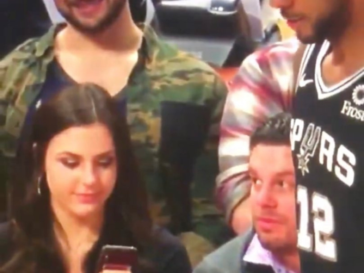 "Video Of Lady Picturing LaMarcus Aldridge Goes Viral: ""Imagine That Was Your Girl"""