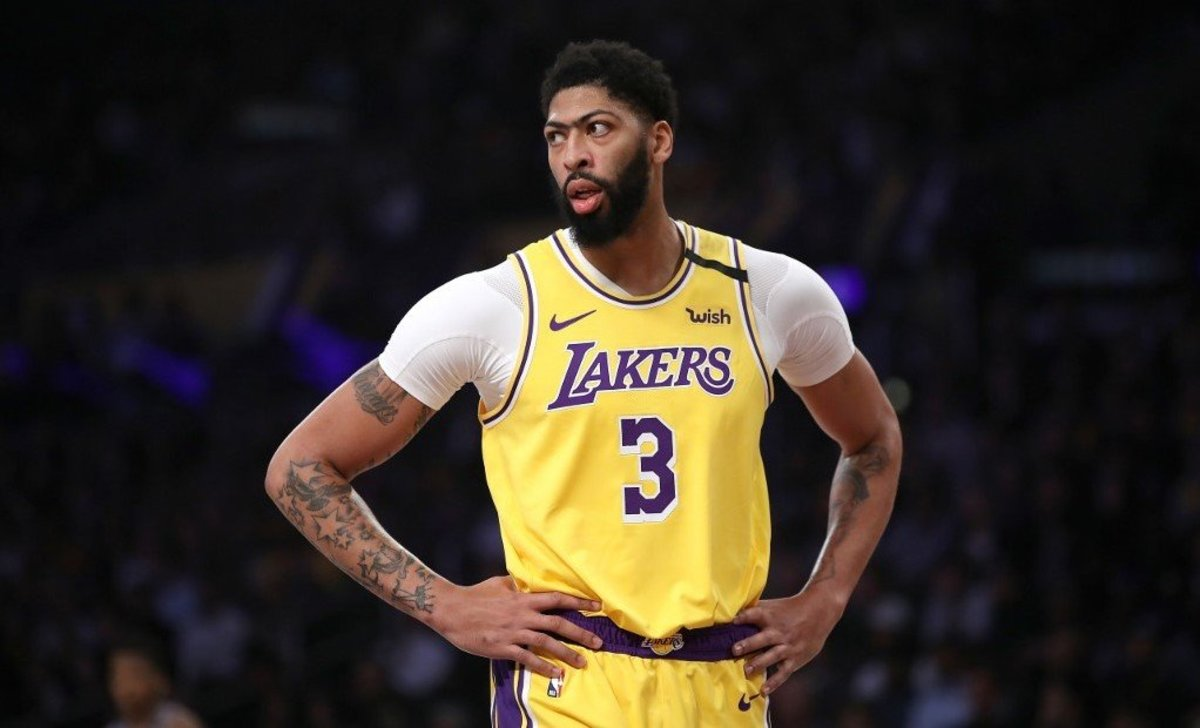 Lakers Drop To 7th In The West, Twitter Reacts