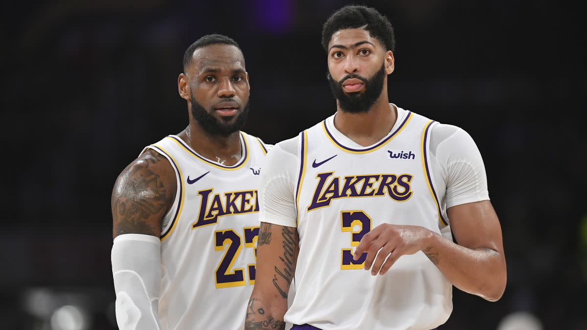 """Magic Johnson Responds To Lakers' Game 1 Loss- """"They're Out Of Sync..."""""""