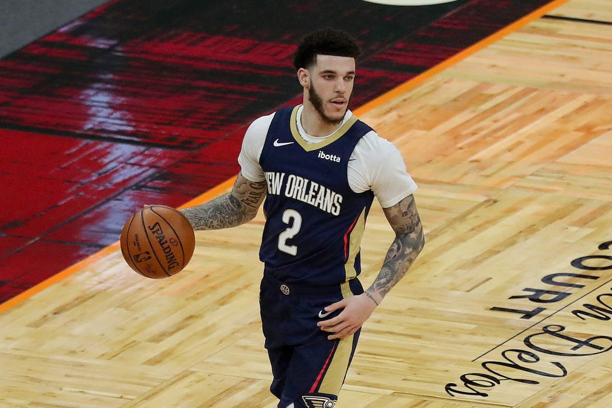 NBA Rumors- New York Knicks Could Sign Lonzo Ball In 2021 Free Agency