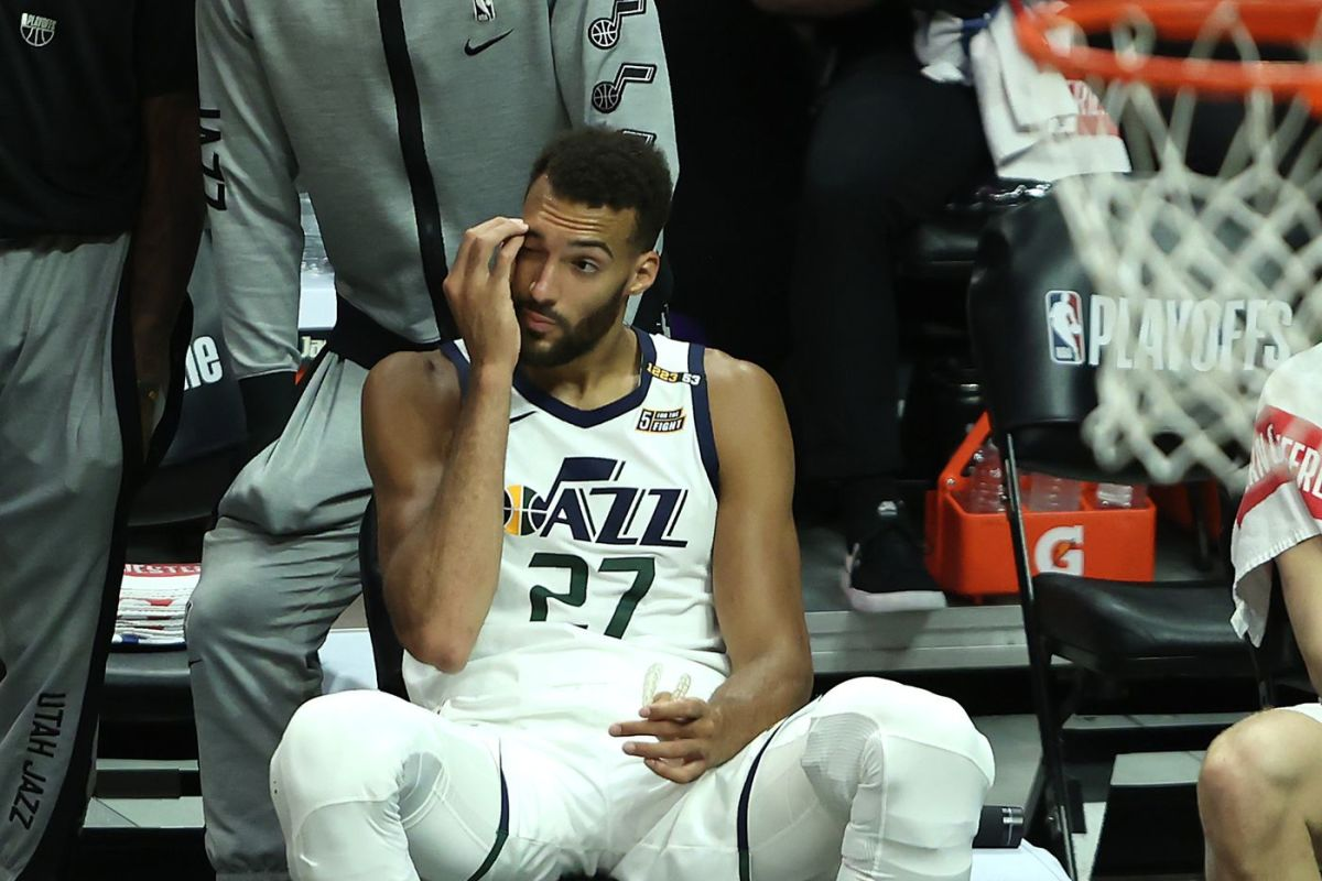 """Rudy Gobert Responds To Twitter Trolls- """"Spreading Hate Because They Are Not Happy Inside..."""""""