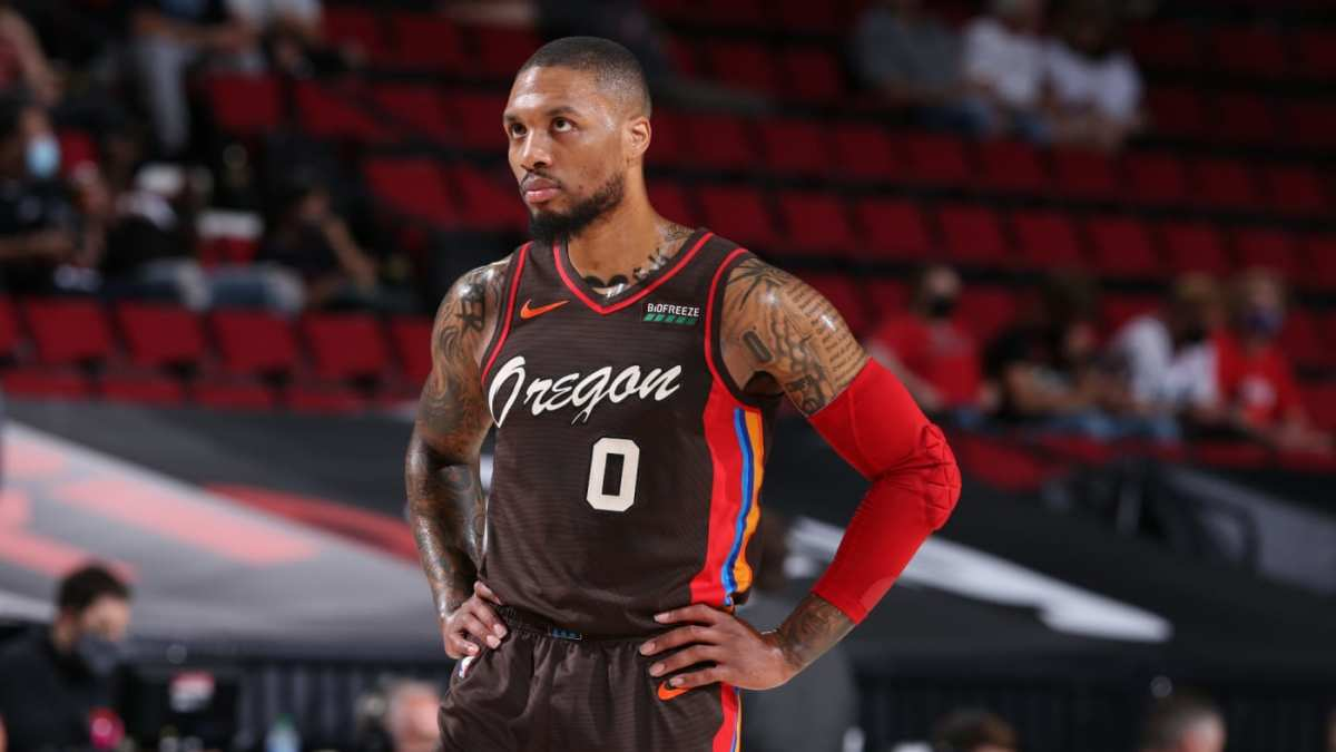 """Damian Lillard's Coach Laughed At Him For Thinking He Could Reach The NBA: """"I'll Never Forget When He Said That."""""""